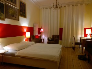 Room2 PABLO @ Little Bogota Berlin